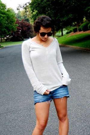 H&M shorts - Urban sunglasses - loehmanns sweater