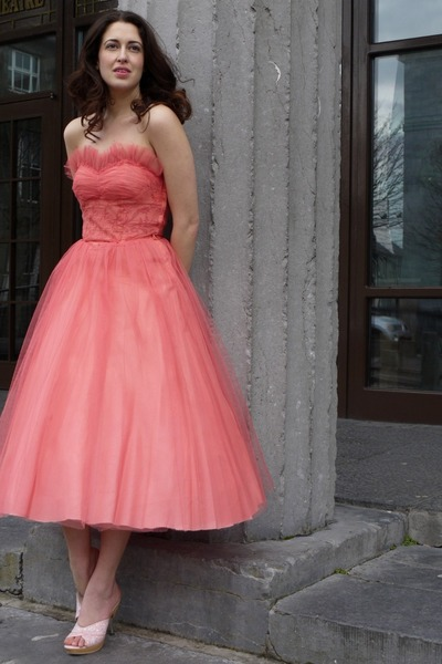 salmon lace and tule vintage dress - light pink Betsey Johnson heels