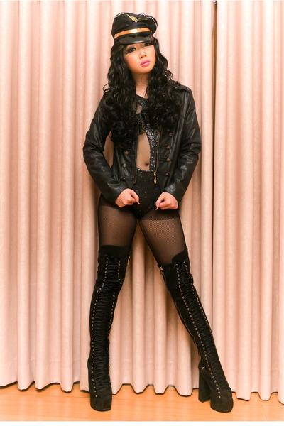 black DAS boots - black Glitterati suit