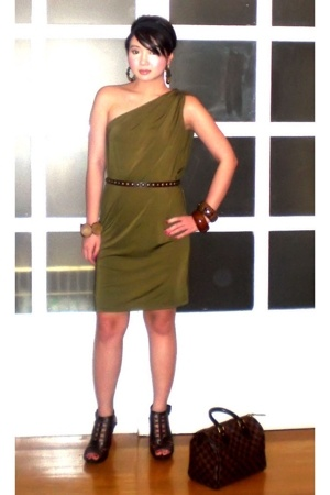 brown Anthem shoes - green mimi dress - brown Louis Vuitton bag
