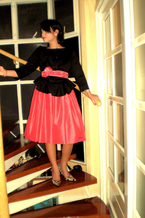 pink ilaya dress - black Nine West shoes - black Tyler for Adora blazer