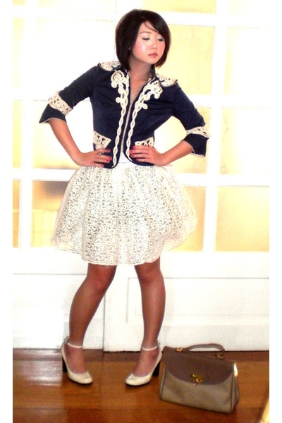 white tank Mango top - white Nine West shoes - blue Jessica blazer