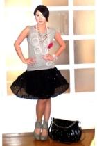 white pearl Bebe bracelet - gray Topshop shoes - black ombre chain bag