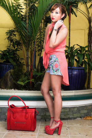 sky blue Redstudio shorts - red Celine bag - coral Gifts Ahoy heels