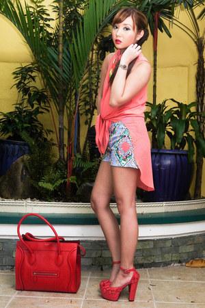 sky blue Redstudio shorts - red Celine bag - coral Gifts Ahoy heels