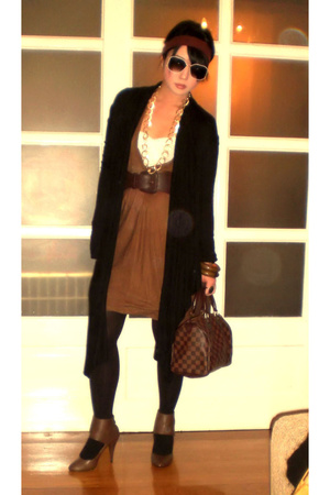 James Perse coat - Zara dress - Zara tights - belt - Louis Vuitton purse - Zara