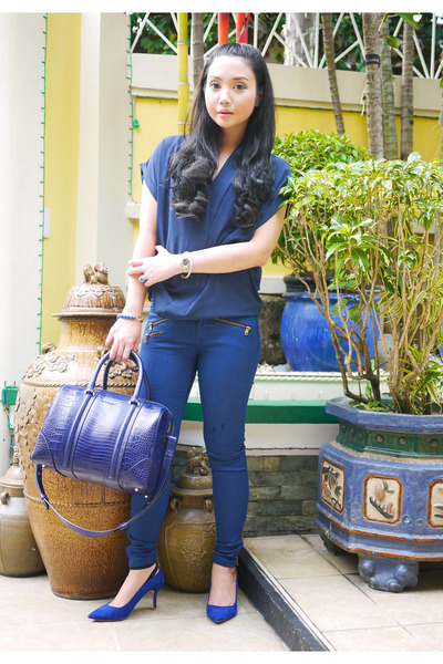 blue Zara jeans - navy Givenchy bag - navy Zara blouse - blue Zara heels