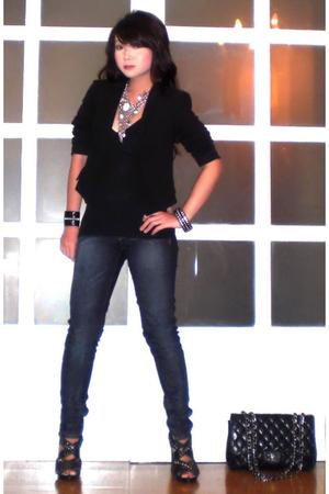 Zara blazer - Mango top - Mango jeans - Zara shoes - Tiramisu necklace - Chanel