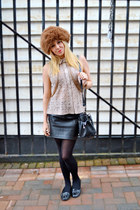 beige laser cut izabel london shirt - black leather H&M skirt