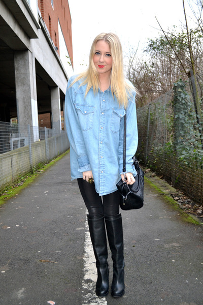 blue denim H&amp;M shirt - black leather Topshop boots - black Topshop leggings