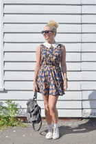 navy side bag warehouse bag - blue floral Madam Rage dress