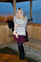 cream fluffy River Island jumper - black chelsea boots asos boots