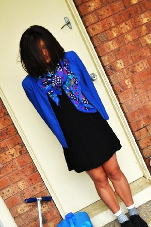 patterned scarf - Le coq shoes - cotton on dress - Mums blazer