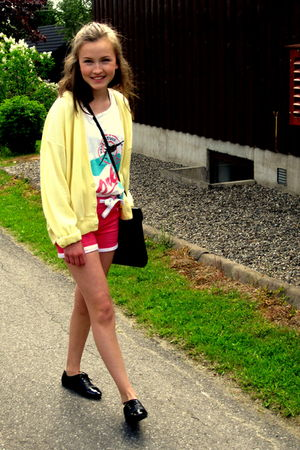 trifted cardigan - vintage purse - H&amp;M shoes - BikBok shorts - trifted top