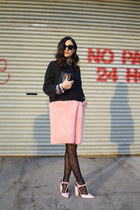 bubble gum faux fur Hache coat - black polka dots Calzedonia tights