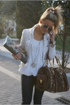 Zara jacket - t-shirt - Zara shoes - Zara jeans - Musgo accessories