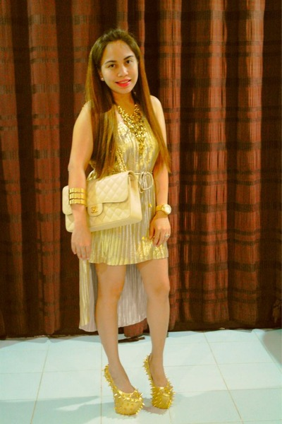cuffs H&amp; bracelet - gold H&amp;M dress - eggshell double flap ghw Chanel bag