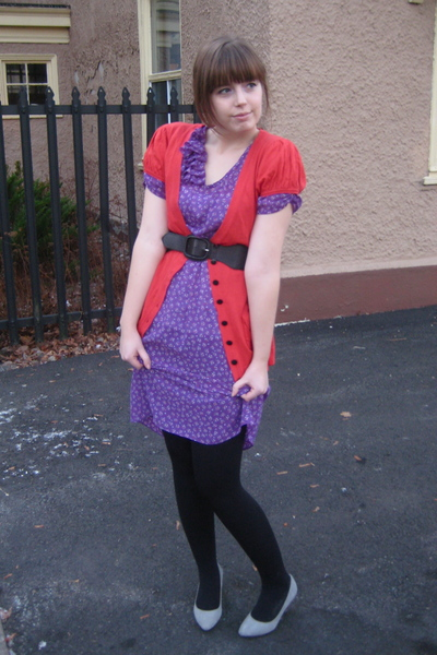 purple vintage dress - red kensie sweater - black Ardene tights - gray Aldo shoe