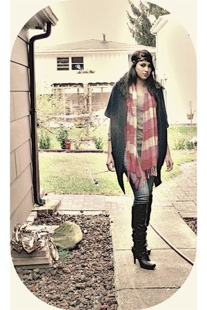 coral Old Navy scarf - black Baker Shoes boots - heather gray Forever 21 shirt