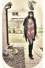Black-baker-shoes-boots-heather-gray-forever-21-shirt-coral-old-navy-scarf