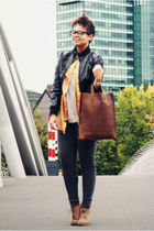 gray leggings - brown bag - beige shoes - silver t-shirt - gold blazer - black j