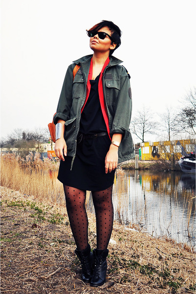 black Newlook boots - black Charlotte Kan dress - green vintage jacket - red vin