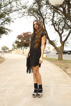 suede H&M dress - suede Steve Madden wedges