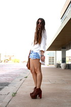 cutoffs vintage shorts - oversized vintage top - litas Jeffrey Campbell heels