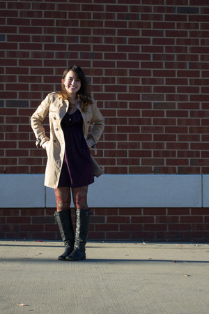 dark khaki Zara coat - Betsey Johnson tights - gold Forever 21 necklace