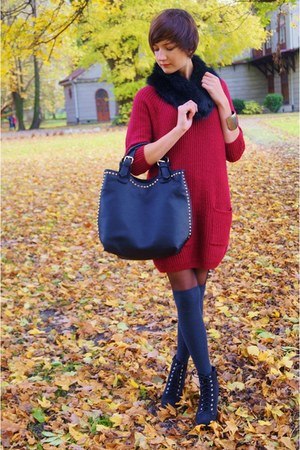 ruby red F&amp;F  SH sweater - black  bag