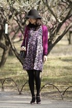 black floppy Anatelier hat - deep purple floral print Lois Crayon dress