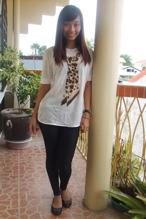 leopard print black flats - leggings - Mango blouse - watch