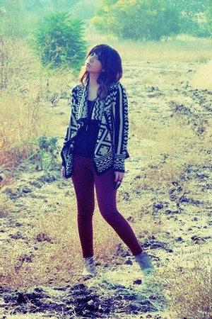 black Forever 21 cardigan - camel sam edelman boots - burnt orange J Brand pants