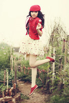 ivory floral dress dress - red beret hat - red blazer - red sneakers