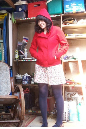 Ripcurl coat - Dangerfield skirt - Target tights - Novo shoes