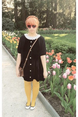 vintage 60s dress - H&M tights - H&M bag - fred flare sunglasses - H&M flats - f