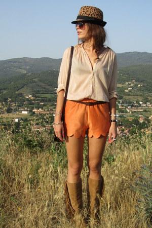 handmade shorts - Stradivarius boots - Zara hat - Zara shirt - Zara bag