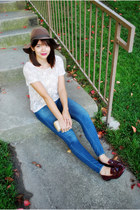 dark brown floppy felt Urban Outfitters hat - blue skinny madewell jeans