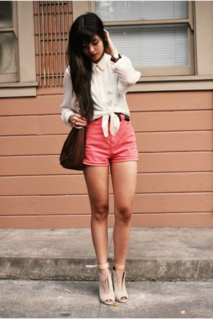 Collar+craze-dark-brown-thrifted-bag-coral-american-apparel-shorts-tan-zara-wedges