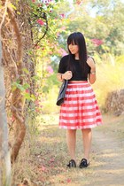 red stripes skirt - black envelope clutch lanvin bag