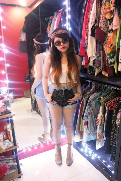thrifted boots - DIY shorts - crop DIY top - hair turban Forever 21 accessories