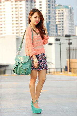 peach knitted Forever 21 sweater - aquamarine HappyBoon bag