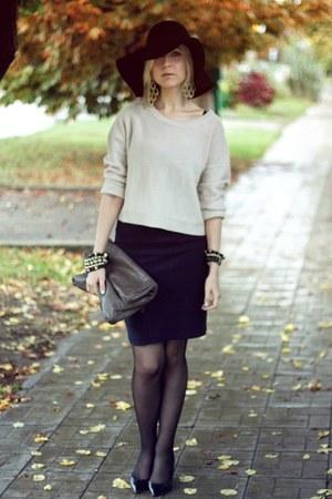 navy Mango dress - black Zara shoes - black H&M hat - off white H&M sweater