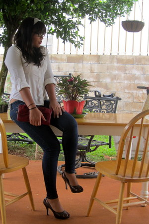blue Levis jeans - red Aldo purse - bronze heels - white Forever 21 blouse - lig