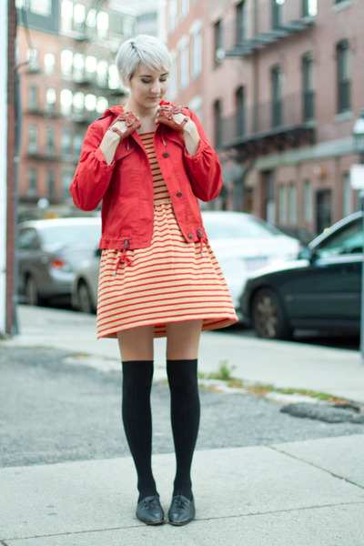 vintage shoes - thrifted dress - Anthropologie jacket - 3 coins socks