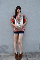 brown shoes - BDG shorts - beige vintage shirt