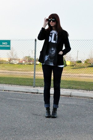 white t-shirt - black combat Dolce Vita for Target boots - skinny BDG jeans