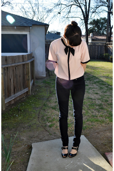 pink vintage blouse - black Via Spiga shoes - BDG jeans