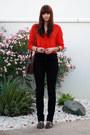 High-waisted-jeans-vintage-purse-dark-brown-huarache-sandals