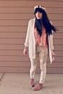 Light-pink-suede-target-boots-cream-floral-target-jeans